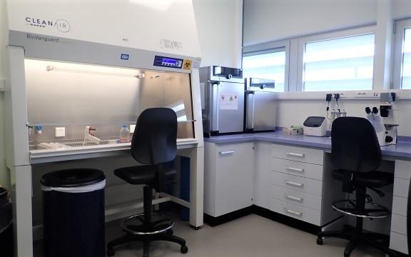 CELL BIOLOGY LABORATORY - Image 1
